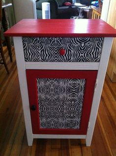 Duct Tape and Fresh Paint=Tween Bedstand Re-do: