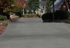 how-to-resurface-a-concrete-driveway Driveway Paint, Cement Driveway, Driveway Repair, Cement Patio, Driveway Landscaping, Concrete Driveways, Concrete Stone, Stained Concrete, Driveway Ideas