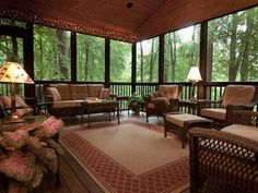 Best Screened in Porch Patio & Deck Enclosures Ideas & Pictures - Model Home Interior Design Screened Porch Decorating, Screened In Porch, Screened Porch Designs, Screened Porch Furniture, Back Porch Designs, Home Porch, House With Porch, Outdoor Rooms, Outdoor Living