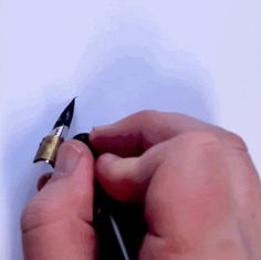 Beautiful! GIFs Reveal the Visually Satisfying Process of a Hand-Lettering Expert - My Modern Met #Calligraphy