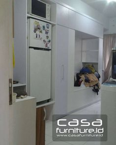 "89 Suka, 2 Komentar - KITCHEN SET,LEMARI MINIMALIS (@casafurniture.id) di Instagram: ""Furniture minimalis. Apartemen Kota ayodhya, tower jade jl mh thamrin, cikokol, tangerang…"" Kitchen Sets, Kitchen Decor, Top Freezer Refrigerator, Organizer, Kitchen Appliances, Cabinet, Storage, Home Decor, Furniture"