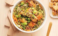 Un repas sans viande… rassasiant! Ce bol de tofu est tout aussi savoureux avec du poulet, des crevettes, ou même des œufs brouillés.