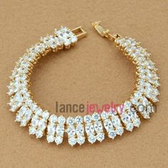 Glittering white zirconia decorated bracelet