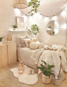 Bedroom Decor For Small Rooms, Cute Bedroom Decor, Bedroom Decor For Teen Girls, Room Design Bedroom, Room Ideas Bedroom, Small Teen Room, Bedroom Ideas For Small Rooms Cozy, Study Room Decor, Stylish Bedroom