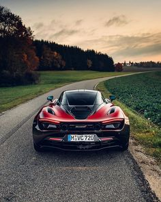 McLaren 720S Velocity 🇬🇧 Used Boat Motors, Pilothouse Boat, Mclaren Cars, Automotive Photography, Car Photography, Engin, Latest Cars, Car In The World, Car Manufacturers