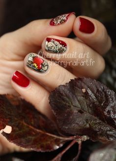 Nail art pomme et fleurs au one stroke