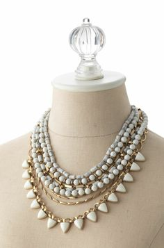 Sutton necklace: White Stone find here: www.stelladot.com/sites/RAQ