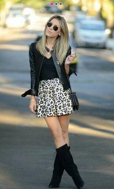Leopard skirt. Falda short de estampafo de leopardo con chamarra de piel