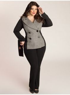 Plus size clothing for full figured women. We carry young and trendy, figure flattering clothes for plus size fashion forward women. Curvalicious Clothes has the latest styles in plus sizes Look Plus Size, Curvy Plus Size, Plus Size Women, Curvy Girl Fashion, Plus Size Fashion, High Fashion, Womens Fashion, Fashion Coat, Work Fashion