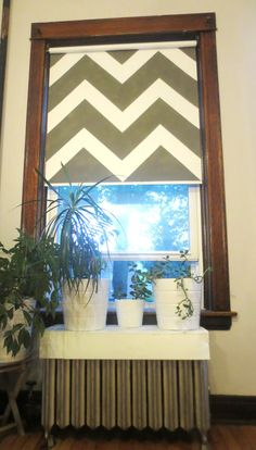 Diy Painted Rollerblind I Ve Seen This Idea Before But I