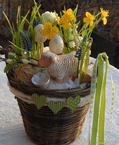 Jarní dekorace s beránkem