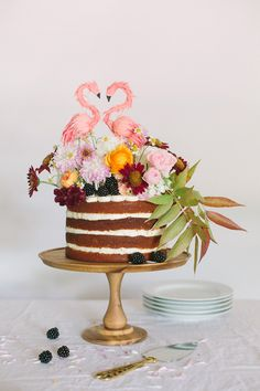 DIY Naked Cake | Photo by Apryl Ann Photography | Cake by Cakewalk Bake Shop | Read more - http://www.100layercake.com/blog/?p=80013