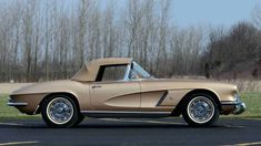 1962 Chevrolet Corvette Styling Car S.O. 10224, Special Firemist Gold Paint presented as lot S170.1 at Indianapolis, IN 2016 - image2