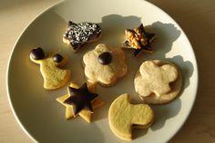 Přípravy na Vánoce pomalu vrcholí a nejedna domácnost je provoněná cukrovím. Přiznám se, že mám adventní čas velmi ráda a na Vánoce se vždy... Cookies, Food, Biscuits, Meal, Essen, Hoods, Cookie Recipes, Cookie, Meals