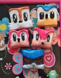 Squareish Amy Rose Magnet by TokyoChan on Etsy, £3.00