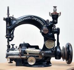 Antique Straw Sewing Machine Großmann Dresdensia B 1900 (05/30/2011)