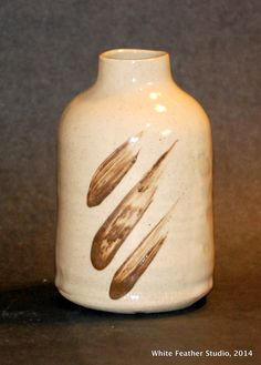 Brush stroke vase, Sally Jenks White Feathers, Tea Bowls, Brush Strokes, Sally, Vases, Stoneware, Pots, Ceramics, Studio