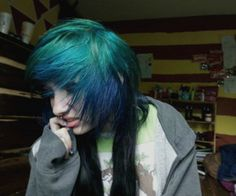 Scene blue and black hair Scene Girl Hair, Emo Scene Hair, Scene Girls, Emo Bangs, Cute Emo Girls, Cool Hair Color, Hair Colors, Coloured Hair, Love Your Hair