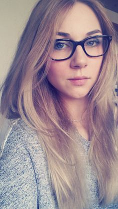10 makeup tips for glasses wearing girls  http://www.beautyandtips.com/makeup/10-makeup-tips-for-glasses-wearers/