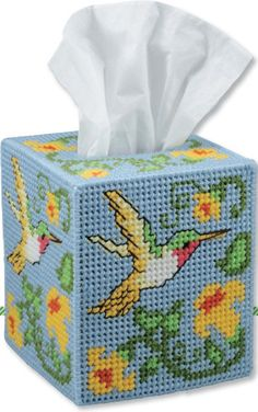 Humming bird tissue box cover. Plastic Canvas pattern.