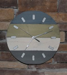 Rustic+wood+wall+clock+round+shabby+chic+by+HendryxHouseDesigns,+$35.00