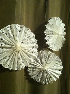 Items similar to Hanging Paper Doily Fans on Etsy Paper Doily Crafts, Doilies Crafts, Paper Doilies, Paper Lace, Diy Paper, Paper Flowers, Christmas Crafts, Christmas Decorations, Christmas Ornaments