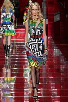 Look 21 of 53 Fall 2015 Ready-to-Wear Versace Model Harleth Kuusik (Elite)