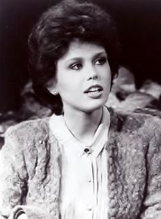 A young and pretty Marie Osmond Donny Osmond, Marie Osmond, Osmond Family, The Osmonds, Cheryl, Coming Out, Pretty Woman, Celebrities, Random Things
