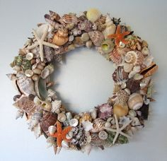 beach christmas decorations - Bing Images. Shell wreath!
