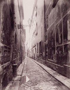 Eugene Atget: parisian photographer  http://www.atgetphotography.com/The-Photographers/Eugene-Atget.html