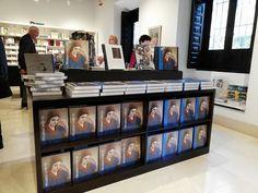 ¿Has visitado ya la exposición #OlgaPicasso? Sigue conociendo la vida de la primera mujer de Picasso y de su influencia en la obra del artista en el catálogo de la exposición, disponible en la #LibreríaMPM Picasso, Liquor Cabinet, Photo Wall, Frame, Home Decor, Stationery Paper, Budget, Store, Woman