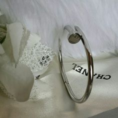 """8"""" juste un cloup nail bracelet Branded Silver plated oval shaped (inspired)  Price is FIRM unless bundled  PINK Victoria's Secret Jewelry Bracelets"""