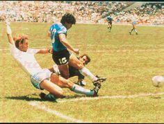Mexico 86, Diego Armando, Nike Football, Champions League, Carrera, Orlando, Soccer, Running, Celebrities