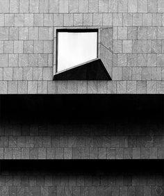 Whitney façade, Architect Marcel Breuer