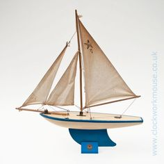 """A lovely old and original Star Yacht SY/4 vintage toy sailing boat """"Guaranteed to Sail"""" and made by the iconic company """"Star Yachts of Birkenhead"""", England."""