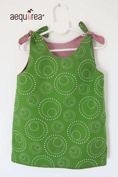 Abiti - Abito Bambina double-face Aequorea _verde&q... - un prodotto unico di Aequorea su DaWanda