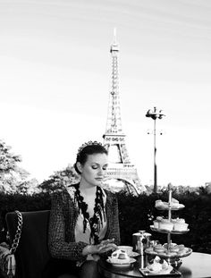 Blair in Paris <3