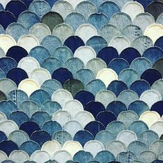 There was another quilt I saw at the Northwest Quilting Expo yesterday that I'm still thinking about. It's this one, Family Genes, made by Jeanne Halapoff from discarded denim, mostly her in-laws'. The ultimate in reusing.