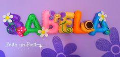 FAITE UN FIELTRO Nombre Sabela en fieltro. Pide el tuyo en http://faiteunfieltro.blogspot.com.es/