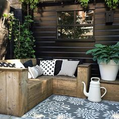 cutest backyard area More ideas… Outdoor Areas, Outdoor Seating, Outdoor Rooms, Outdoor Living, Outdoor Decor, Outside Living, Garden Seating, Living Spaces, Wooden Garden Furniture