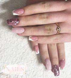 #nails #nailsofinstagram #nailart #acrylicnails #ombrenails #pinknail #nailideas #girlynails #nailinspiration Pink Nails, My Nails, Nailart, Beauty, Pink Nail, Nail Pink
