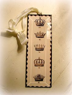 Chic vintage-look bookmark, tag, or label with crowns.
