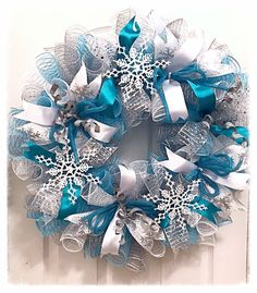 Frozen Snowflake Turquoise and Silver Deco Mesh Wreath/Frozen Wreath Turquoise Christmas, Silver Christmas Decorations, Christmas Mesh Wreaths, Winter Wreaths, White Christmas, Christmas Trees, Frozen Christmas, Christmas Mantles, Fall Garland