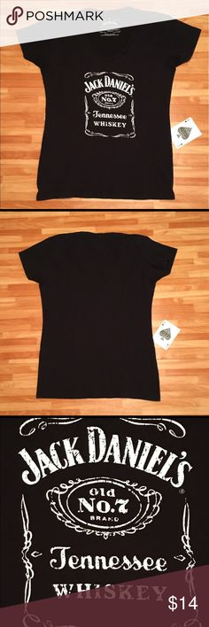 "Jack Daniel's Graphic Print Ladies V-Neck Tee Jack Daniel's Ladies Logo Graphic Print Cap Sleeve Medium V-Neck Tee. In Great Used Condition With No Tears Or Stains.  Measurements: Armpit To Armpit-17"" Length-23"" Jack Daniel's Tops Tees - Short Sleeve"