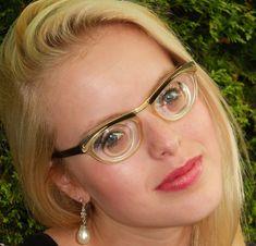 Geek Glasses, Girls With Glasses, Geeks, Eyeglasses, Nerdy, Future, Health, Vintage, Fashion