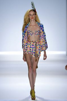 """OBSESSED with this @MaraHoffman Spring 2013 """"Aloha"""" printed blazer - and shorts - WANT NEED - ASAP"""