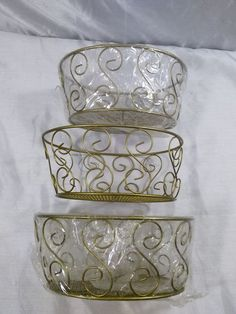 DECORATIVE OVAL SILVER WIRED BASKET WITH HANDLE STURDY SOLID METAL ...