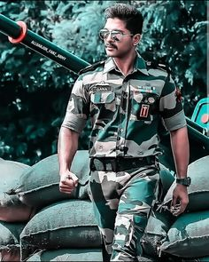 New Images Hd, New Photos Hd, Dj Images, Army Couple Photography, Mom Dad Tattoo Designs, Allu Arjun Hairstyle, Indian Army Quotes, Romantic Love Images, Romantic Couple Kissing