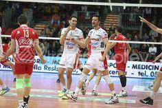 Esultanza di Zygadlo #trentinovolley #volley Basketball Court, Sports, Hs Sports, Sport