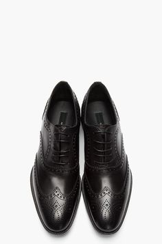 DSQUARED2 // BLACK LEATHER VARNER WINGTIP BROGUES.